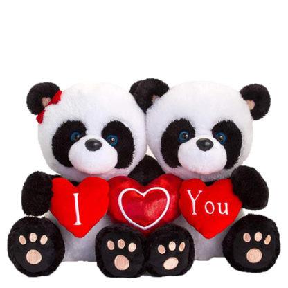 Szívet tartó plüss panda macik